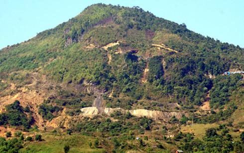 Vách núi 34, nơi xảy ra vụ tai nạn tảng đá lớn đè chết người đàn ông đi mót quặng thiếc