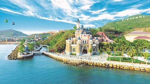 """""""Thiên đường vui chơi giải trí"""" Vinpearl Land tại đảo Hòn Tre, Nha Trang mới nâng cấp mùa hè vừa qua"""