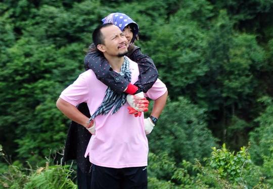Hari và Tiến Đạt trong chương trình Cuộc đua kỳ thú. Ảnh: BHD