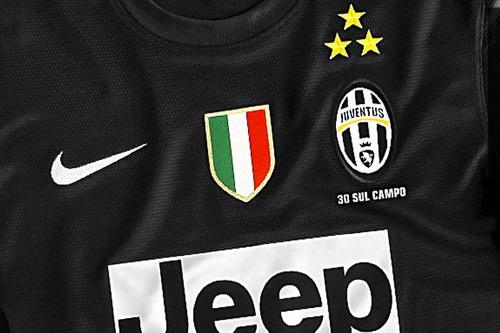 Mẫu áo đấu được LĐBĐ Ý chấp thuận để Juventus tung ra thị trường