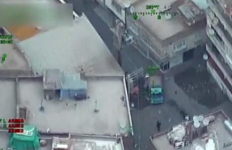 Trực thăng cũng được điều động giám sát khu vực Diyarbakir. Ảnh: Haberler