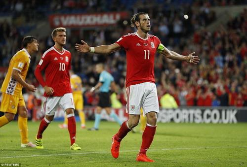 Gareth Bale lập công trong chiến thắng mở màn của Xứ Wales