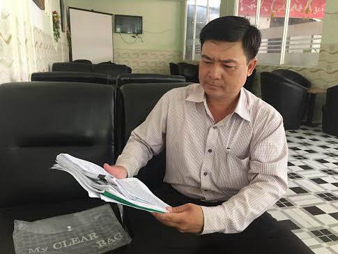Ông Đỗ Thanh Tuấn trình bày bức xúc với Báo Người Lao Động