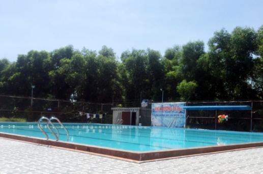 Bể bơi nơi xảy ra sự việc đau lòng - Ảnh: Báo Hà Tĩnh