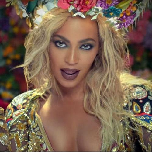 Beyonce tạo hình thành ngôi sao Bollywood trong MV Hymn for the weedkend Ảnh: Billboard