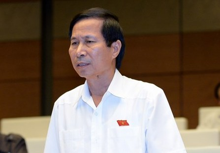 Đại biểu QH Bùi Văn Phương (Ninh Bình) phát biểu tại nghị trường QH sáng 25-7