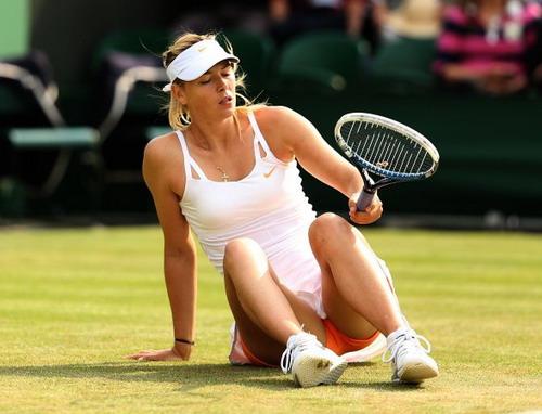 Chấn thương dai dẳng tàn phá sự nghiệp của Sharapova