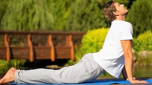 Yoga, thiền được nhiều nghiên cứu gần đây xác nhận mang lại nhiều lợi ích đối với sức khỏe Ảnh: NDVT