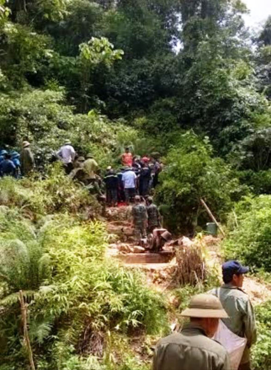 Lực lượng cứu hộ tiếp cận khu vực hang Kịt