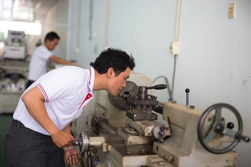 Nhờ quan hệ tốt và hợp tác trực tiếp với đối tác Nhật Bản, Công ty Nhật Huy Khang đã đưa được nhiều lao động, kỹ sư sang Nhật Bản