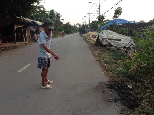 Rất nhiều vụ cướp xe ôm xảy ra tại TP HCM. Trong ảnh: hiện trường một vụ cướp xe ôm ở huyện Bình Chánh