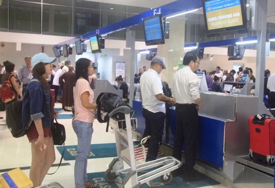 Làm thủ tục tại sân bay quốc tế Đà Nẵng