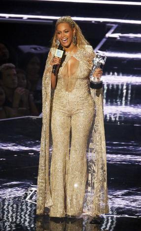 Beyonce càn quét giải thưởng