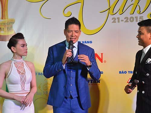 Bình Minh trên sân khấu