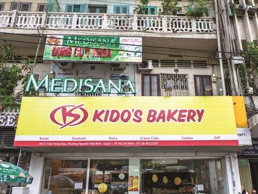 Một trong những cuộc đổi tên đáng chú ý là việc Kinh Đô chính thức đổi thành Tập đoàn Kido từ ngày 2-10-2015.