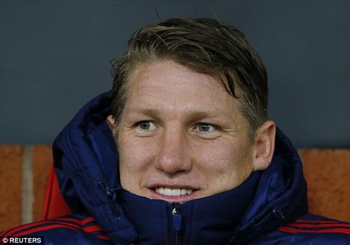 Mức lương có thể là lý do khiến Schweinsteiger chưa thể chia tay M.U