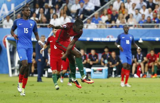 Eder ghi bàn thắng vàng, đưa Bồ Đào Nha đến ngôi vô địch Euro 2016