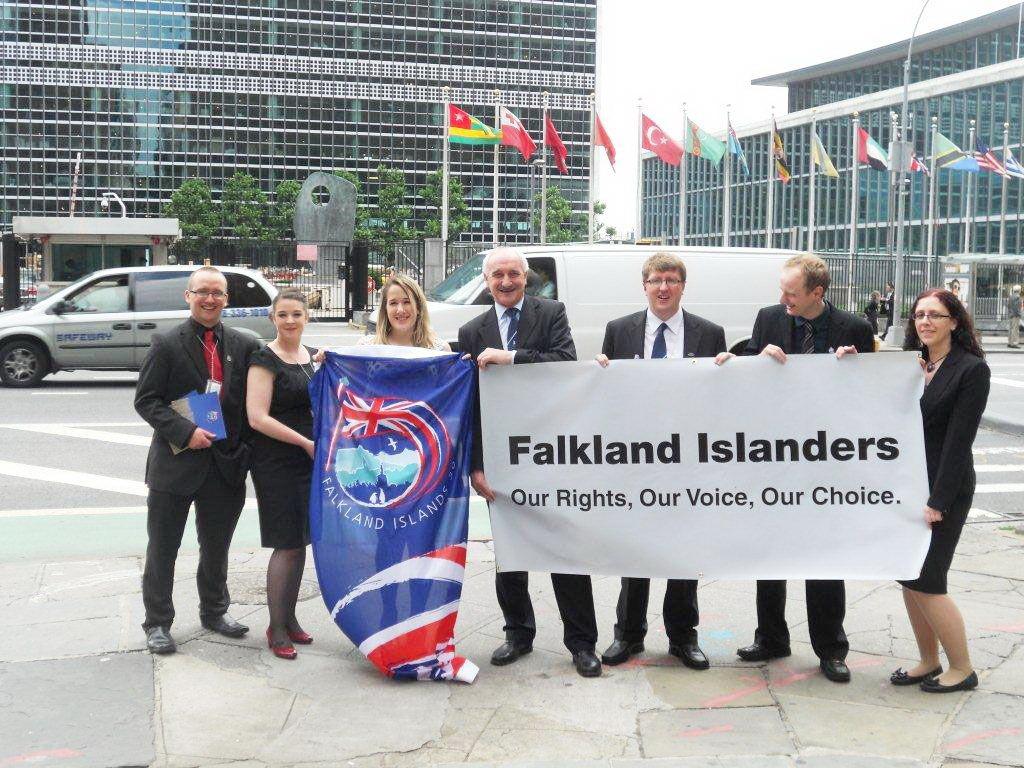 Anh và Argentina tranh chấp chủ quyền ở Falkland bất chấp quyền tự quyết của cư dân quần đảo này. Ảnh: MERCO PRESS