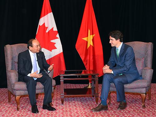 Thủ tướng Nguyễn Xuân Phúc gặp gỡ song phương với Thủ tướng Canada Justin Trudeau
