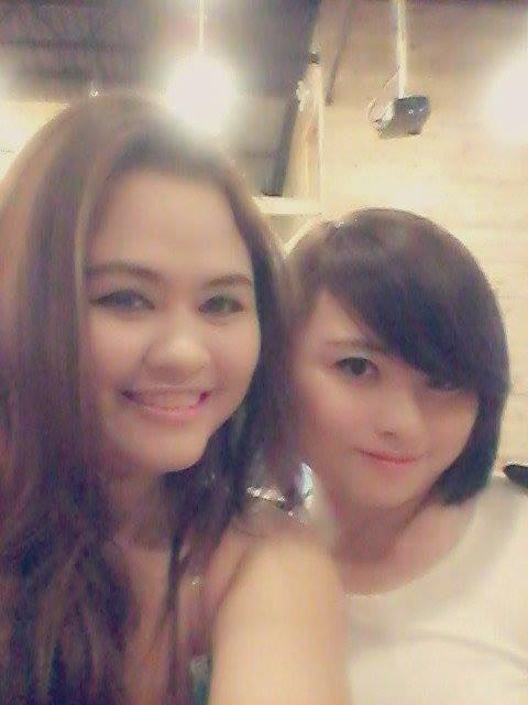 2 chị em Huỳnh Hạ Bình và Huỳnh Hạ Uyển