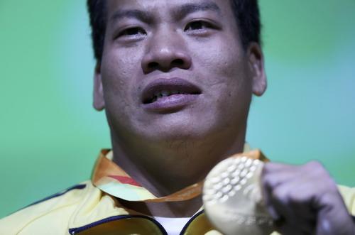 Khoảnh khắc hạnh phúc của Lê Văn Công tại Paralympic Rio 2016