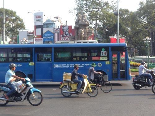 Xe buýt sạch đang là mơ ước của nhiều nhà xe