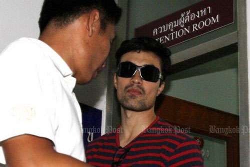 """Diego Fernando Gonzales Rojas đối mặt với cáo buộc hành nghề người mẫu """"chui"""" ở Thái Lan. Ảnh: BANGKOK POST"""