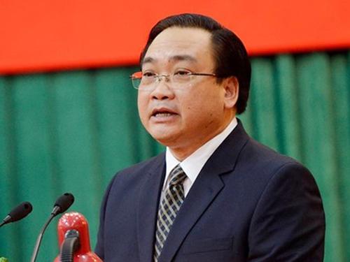 Tân Bí thư Thành ủy Hà Nội Hoàng Trung Hải phát biểu tại lễ trao quyết định