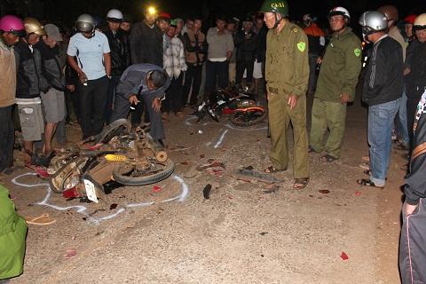 Hiện trường vụ tai nạn làm 2 người tử vong tại chỗ