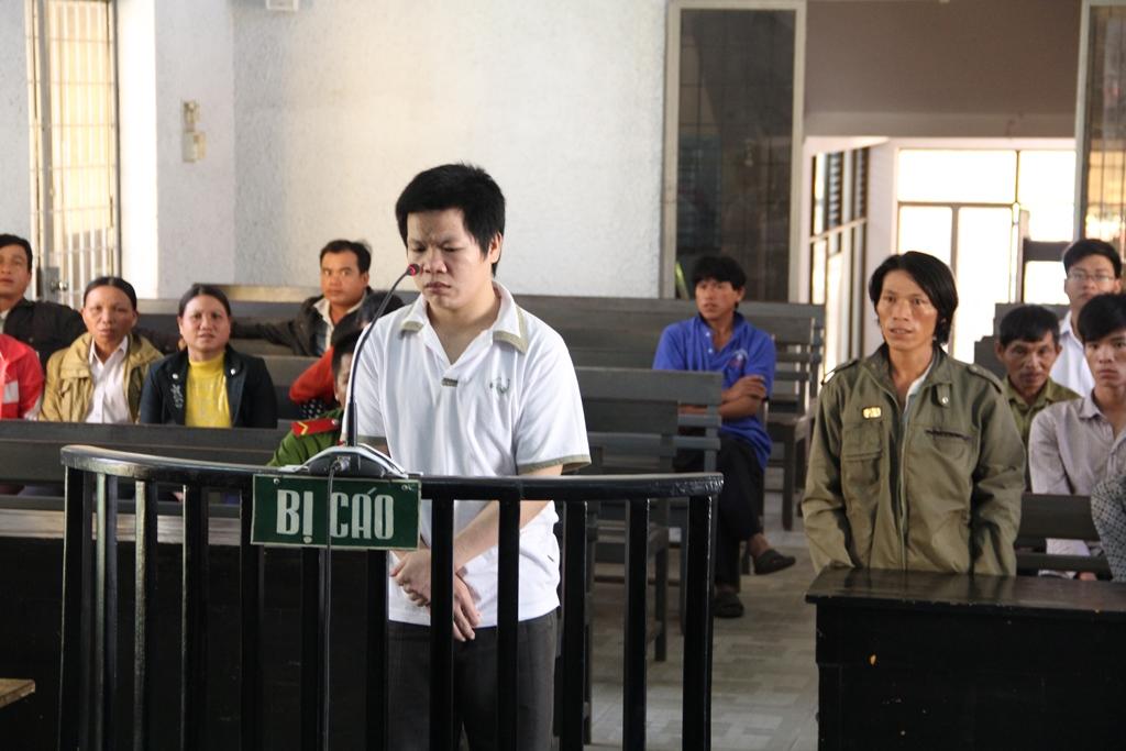 Hứa Văn Trường tại phiên tòa sơ thẩm lần 2