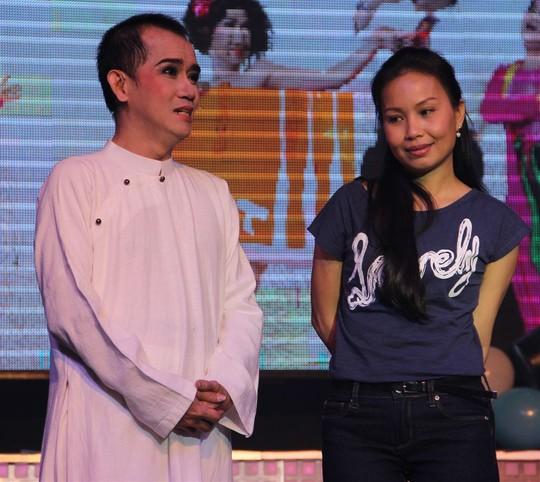 Ca sĩ Minh Thuận rất nhiệt huyết với nghề khi còn khỏe mạnh. Ảnh: K.Khánh