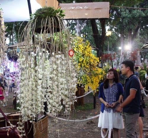 """Hiện vật """"Đại ý thảo trắng"""" thuộc Bộ môn Hoa lan của nghệ nhân Trịnh Văn Sĩ (Lâm Đồng) đoạt giải đặc biệt"""