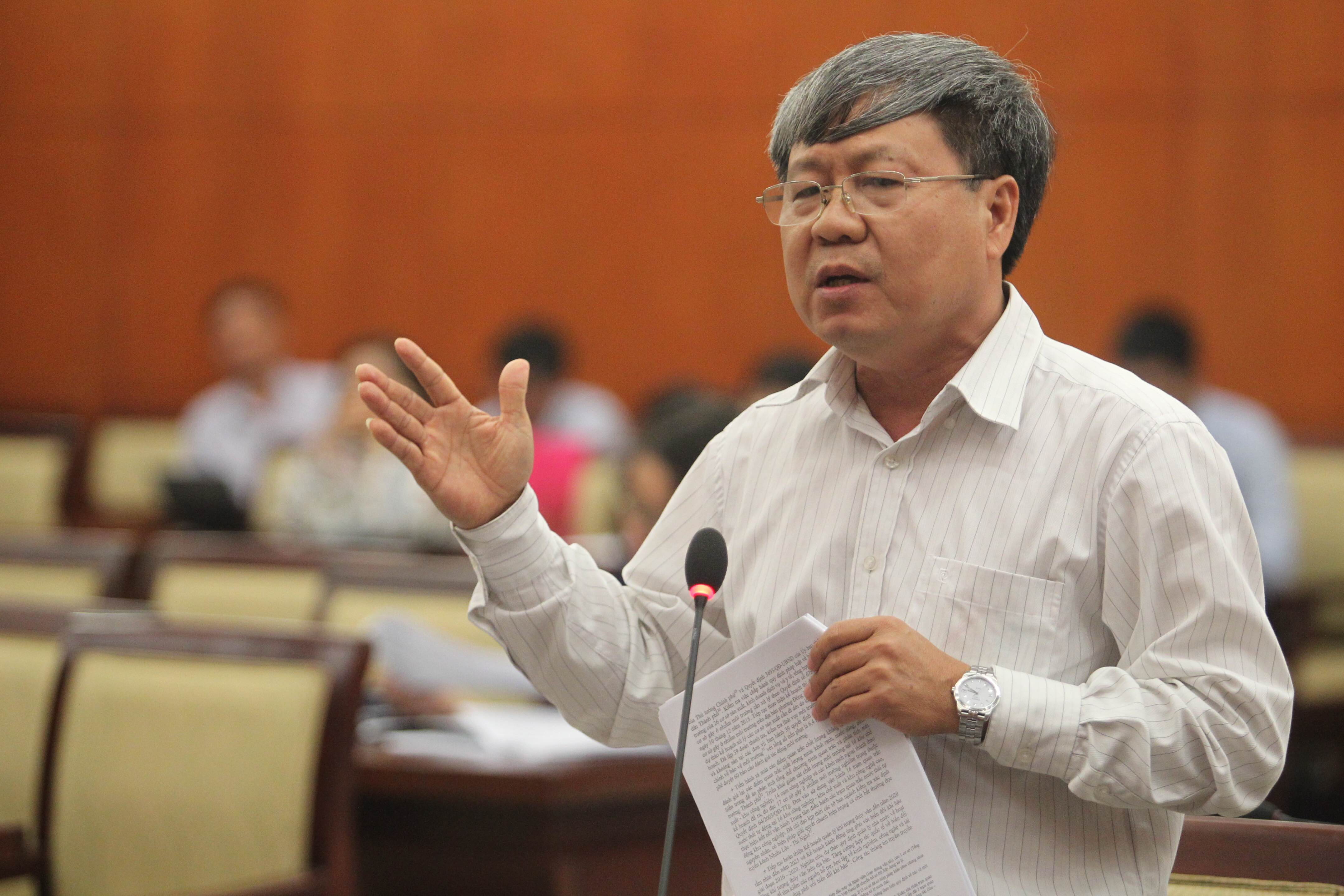 Ông Nguyễn Ngọc Tường trả lời đại biểu về tai nạn giao thông