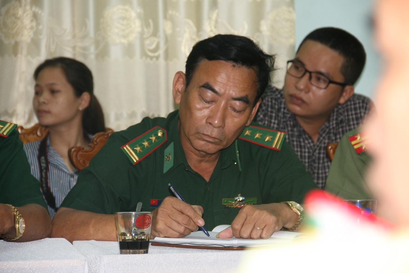 Ông Lê Trung Thịnh (ảnh trên) và đồn trưởng - thượng tá Nguyễn Tấn Lạc là 2 trong số 4 người bị đình chỉ công tác