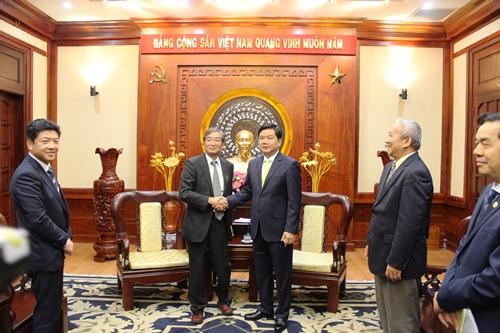 Bí thư Thành ủy TP HCM Đinh La Thăng tiếp ông Nagahisa Oyama, Tổng đại diện tập đoàn AEON tại Việt Nam