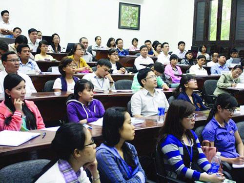 Học viên của Chương trình Giảng dạy kinh tế Fulbright Ảnh: FETP.EDU.VN