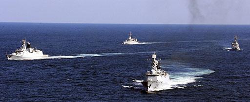 Washington cũng tăng cường các liên minh quân sự với Philippines, Việt Nam và các nước khác. Ảnh: AP