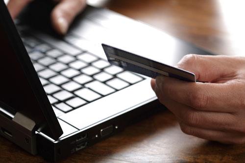 Hacker đang tích cực tấn công mạnh vào lĩnh vực tài chính.