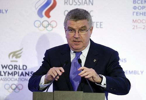 Chủ tịch Thomas Bach và ban chấp hành IOC có quyết định gây tranh cãi