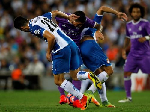 Espanyol gây rất nhiều khó khăn cho đội khách Real Madrid