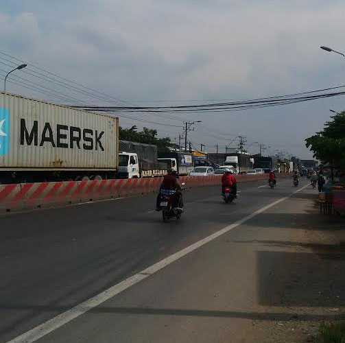 Kẹt xe kéo dài trên Quốc lộ 1, đoạn qua huyện Thủ Thừa, tỉnh Long An