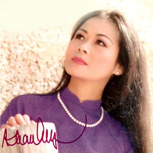 Khánh Ly mong người hâm mộ đừng nhắc tới chuyện tình cảm của bà với Trịnh Công Sơn, vì càng nhắc thì càng tiếc