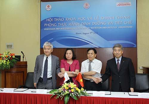 Lễ ký kết chương trình hợp tác giữa Tập đoàn Ajinomoto, Công ty Ajinomoto Việt Nam, Viện Dinh dưỡng Quốc gia và Đại học Y Hà Nội
