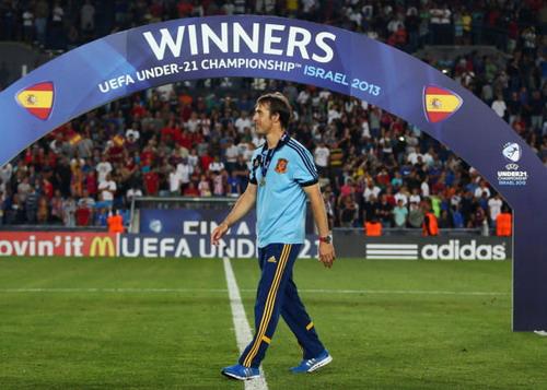 Lopetegui khá mát tay với bóng đá trẻ Tây Ban Nha khi giành 2 chức vô địch châu Âu