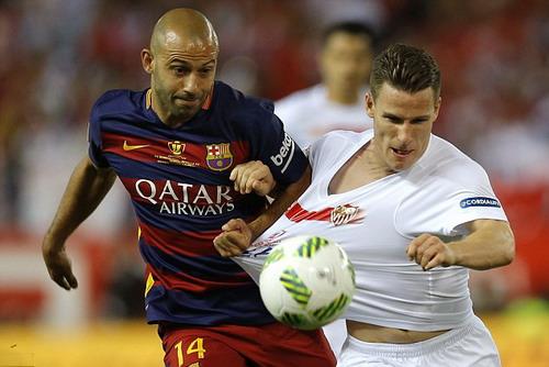 Mascherano thi đấu thành công trong màu áo Barcelona