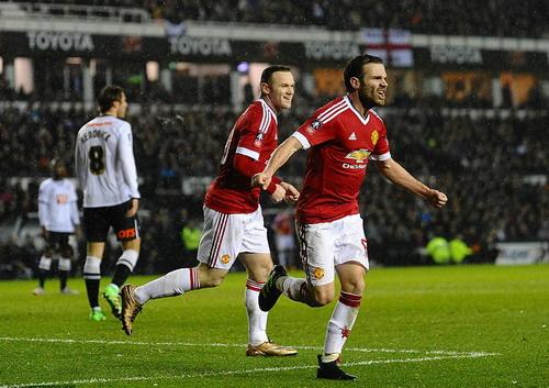 Juan Mata đóng góp bàn ấn định chiến thắng 3-1