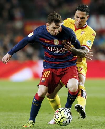 Messi mở tỉ số trận đấu