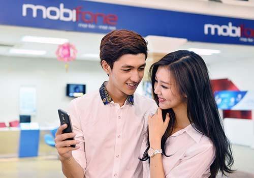 Học sinh - sinh viên nhận nhiều khuyến mãi từ MobiFone