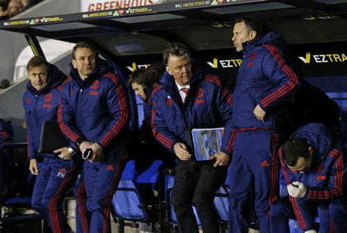 HLV Van Gaal tạm trút gánh nặng, chờ các thử thách mới
