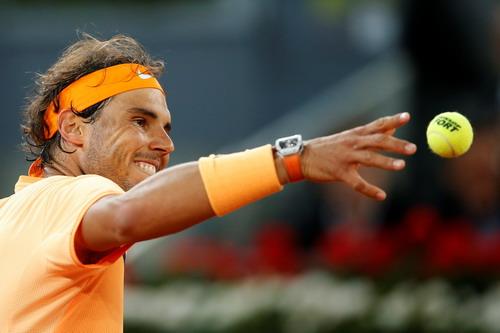 Nadal vượt qua Joao Sousa, hẹn Murray ở bán kết